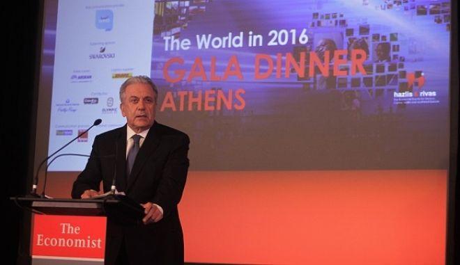"""ÅêäÞëùóç ôïõ The Economist, """"The World in 2016 Gala Dinner"""" ôçí ÐáñáóêåõÞ 29 Éáíïõáñßïõ 2016. (EUROKINISSI/ÃÉÙÑÃÏÓ ÊÏÍÔÁÑÉÍÇÓ)"""