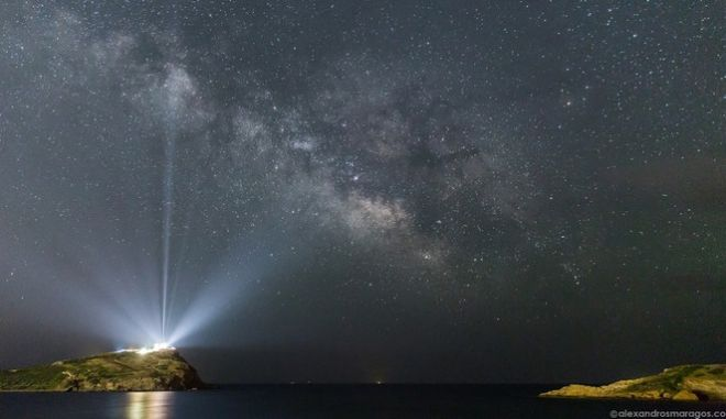 Το μεγαλείο του Αττικού ουρανού σε ένα βίντεο: Ο γαλαξίας πάνω από τον Ναό του Ποσειδώνα