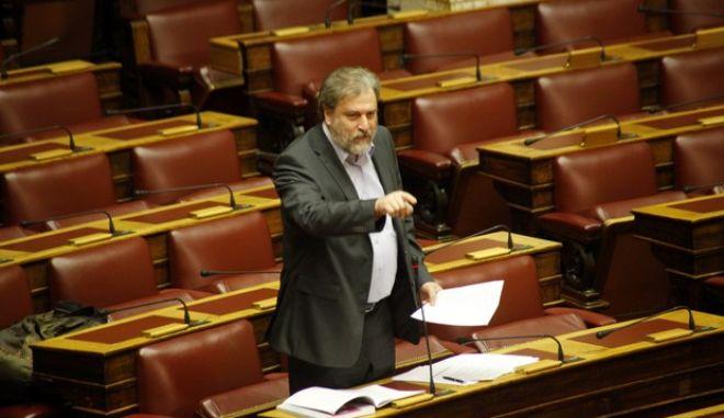 Στιγμιότυπο από την συζήτηση επικαίρων ερωτήσεων στην Βουλή την Δευτέρα 11 Φεβρουαρίου 2013. (EUROKINISSI/ΓΙΩΡΓΟΣ ΚΟΝΤΑΡΙΝΗΣ)