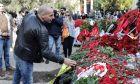 Αντιπροσωπεία του ΜΕΡΑ25 με επικεφαλής τον Γραμματέα του κόμματος Γιάνη Βαρουφάκη καταθέτουν λουλούδια στον χώρο του Πολυτεχνείου