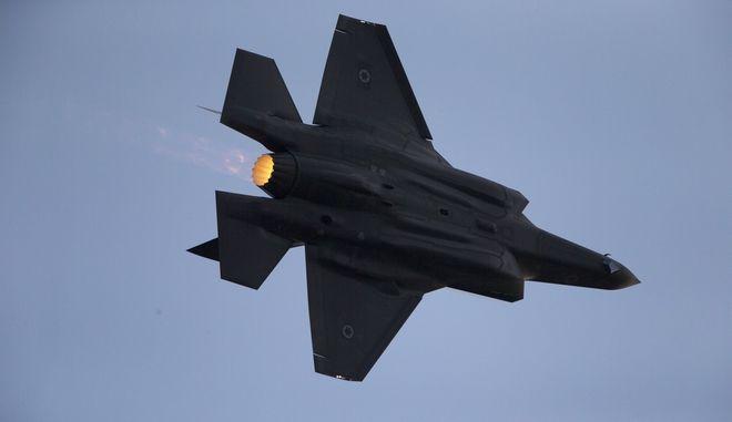 Ισραηλινό μαχητικό f-35 σε πτήση το 2016