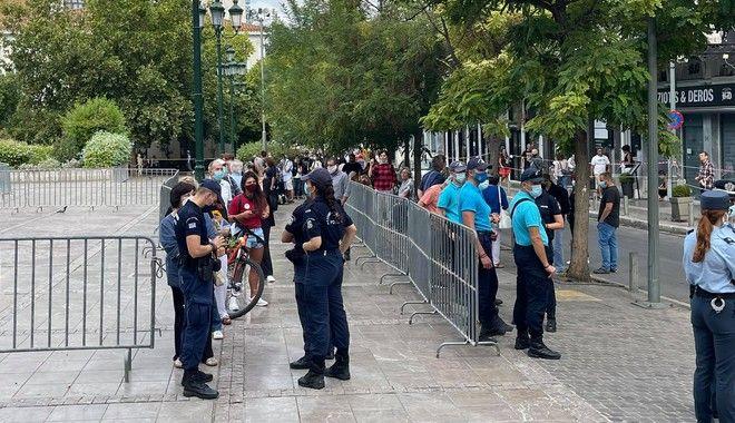 Ισχυρά μέτρα και την Τετάρτη έξω από τη Μητρόπολη Αθηνών
