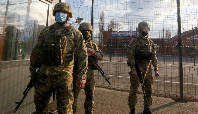Ουκρανία: Κυβερνητικά στρατεύματα άνοιξαν πυρ εναντίον φιλορώσων αυτονομιστών - Τέσσερις νεκροί