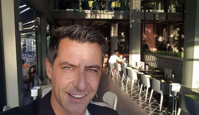 Κωνσταντίνος Αγγελίδης: Απίστευτο παιχνίδι της μοίρας - Η μητέρα του ήταν σε κώμα για 14 χρόνια μετά από τροχαίο