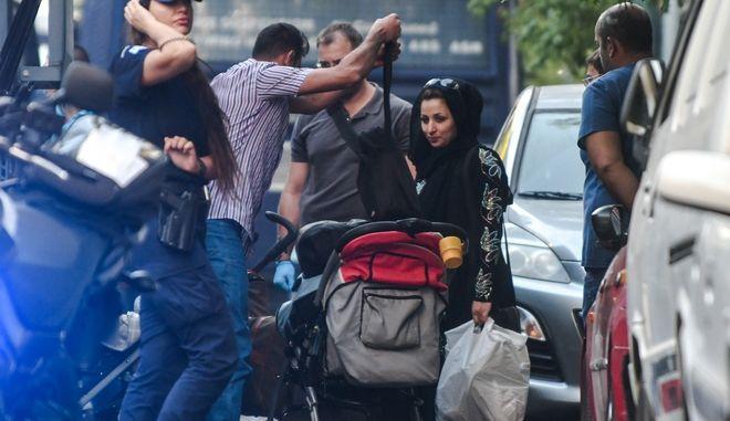 Επιχείρηση της Αστυνομίας σε κτήρια υπό κατάληψη στην συμβολή των οδών Αχαρνών, Σουρμελή και Μάγερ την Πέμπτη 19 Σεπτεμβρίου 2019. Στις καταλήψεις διαμένουν πρόσφυγες και μετανάστες.  (EUROKINISSI/ΤΑΤΙΑΝΑ ΜΠΟΛΑΡΗ)