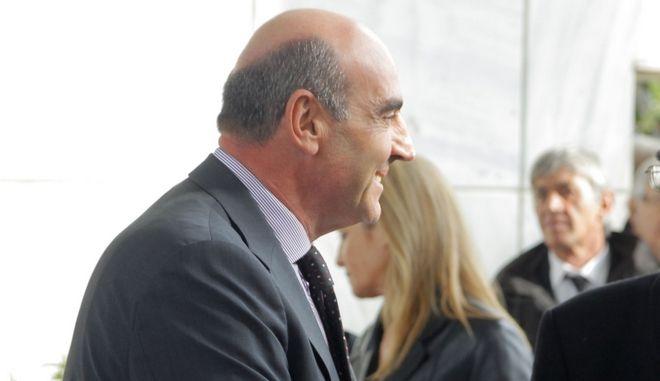 Κηδεία του Γ. Κεφαλογιάννη στο Α' Νεκροταφείο Αθηνών, Τρίτη 24 Ιαν. 2012. (EUROKINISSI / ΣΥΝΕΡΓΑΤΗΣ)
