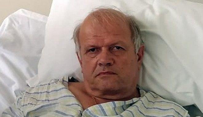 """Άκης Τσελέντης από το νοσοκομείο: """"Η κολόνα πέρασε 5 εκατοστά από το κεφάλι μου"""""""