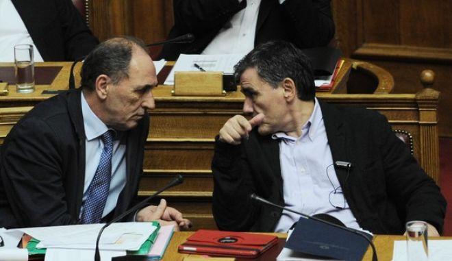 Συζήτηση του νομοσχεδίου για το τρίτο πακέτο των προααπαιτούμενων μέτρων που συμφώνησε η κυβέρνηση με τους δανειστές, την Πέμπτη 19 Νοεμβρίου 2015. (EUROKINISSI/ ΜΠΟΛΑΡΗ ΤΑΤΙΑΝΑ )