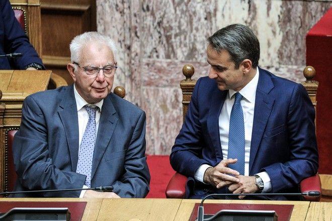 Ο πρωθυπουργός Κυριάκος Μητσοτάκης και ο αντιπρόεδρος της κυβέρνησης Παναγιώτης Πικραμμένος