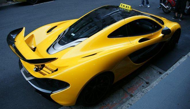 H McLaren P1 με το σήμα του ΤΑΧΙ, στην Ταϊβάν