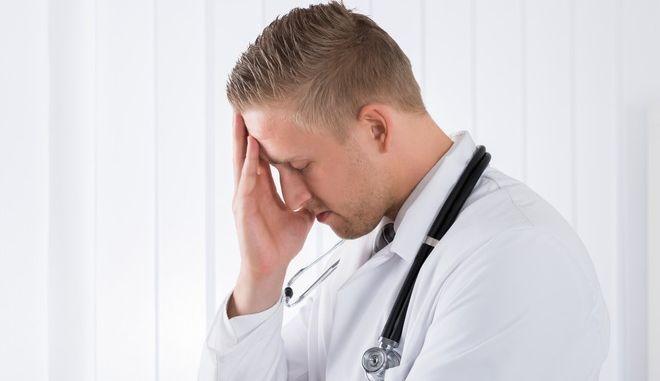 Ένας στους τέσσερις φοιτητές Ιατρικής έχει τάσεις κατάθλιψης