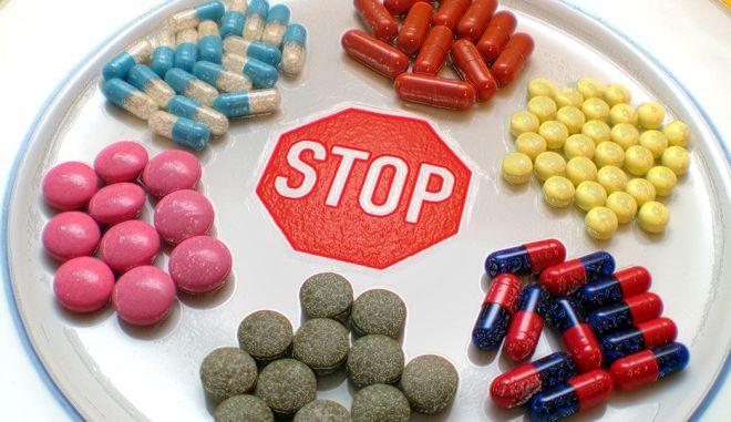 Ποιο είναι το φυσικό αντικαταθλιπτικό που οι φαρμακοβιομηχανίες δεν θέλουν να ξέρετε;