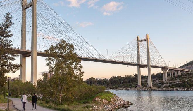 Η Υψηλή Γέφυρα Ευρίπου στη Χαλκίδα