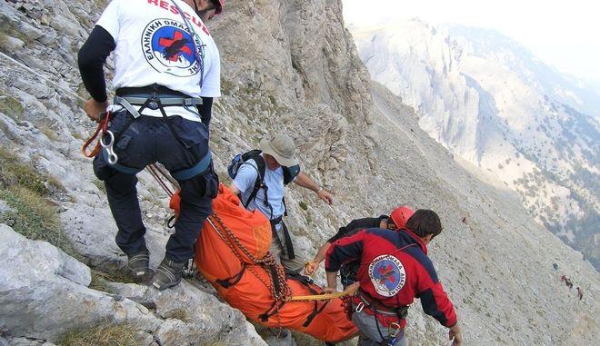 Επιχείρηση απεγκλωβισμού ορειβάτη στον Όλυμπο