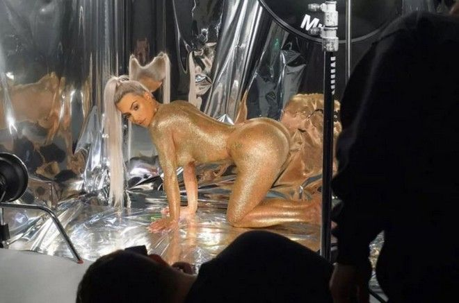Καμία Kim Kardashian - Σύμφωνα με έρευνα η Liz Hurley έχει την τέλεια