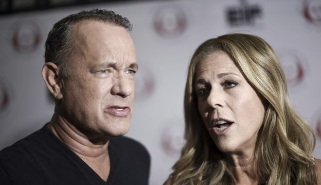 Tom Hanks, left, and Rita Wilson attend the 27th Annual Simply Shakespeare Benefit at the Freud Playhouse on Monday, Sept. 18, 2017, in Los Angeles. (Photo by Richard Shotwell/Invision/AP)