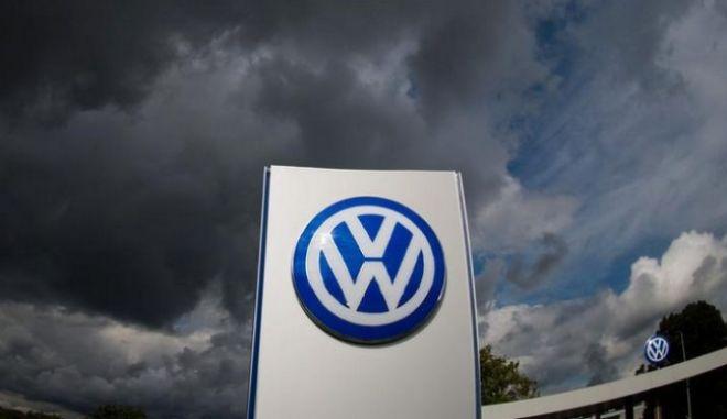 Volkswagen: Σχεδόν 15 δισεκατομμύρια δολάρια ο πρώτος λογαριασμός στις ΗΠΑ για το Dieselgate