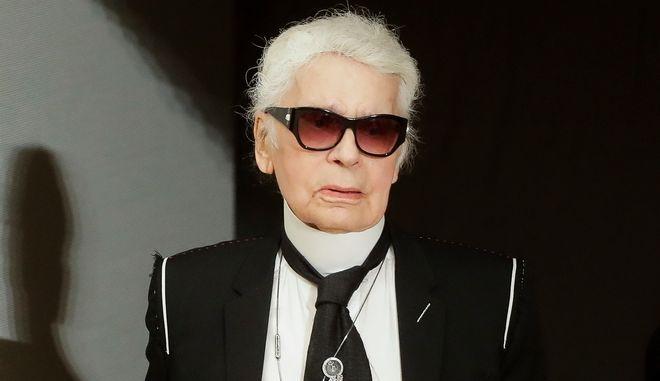 Ο σχεδιαστής μόδας Καρλ Λάγκερφελντ