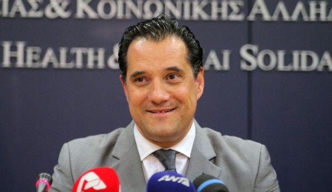 Γεωργιάδης: Το μέτρο των 25 ευρώ ήταν σωστό-Πάρα πολύ δίκαιη η αύξηση του φόρου στα τσιγάρα