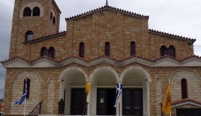 Θεσσαλονίκη: Γκαζάκια σε ιερό ναό στις 40 Εκκλησιές