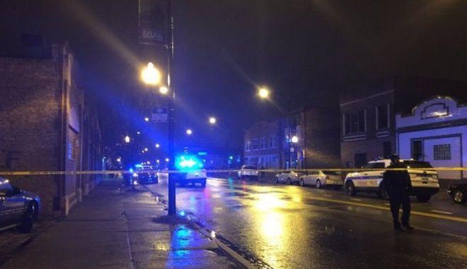 ΗΠΑ: Έξι τραυματίες από πυροβολισμούς σε αγρυπνία στο Σικάγο