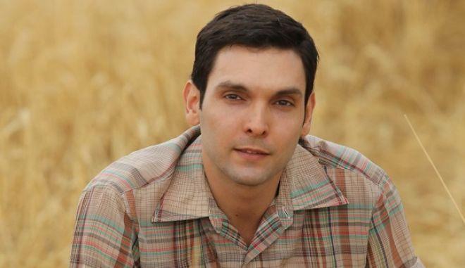 Ο Ιωάννης Αθανασόπουλος ως Γιάννος στη σειρά «Άγριες Μέλισσες»