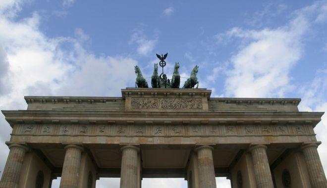 H πύλη του Βραδεμβούργου στο Βερολίνο