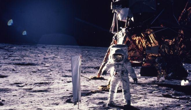 καρέ από Διαστημικό περίπατο