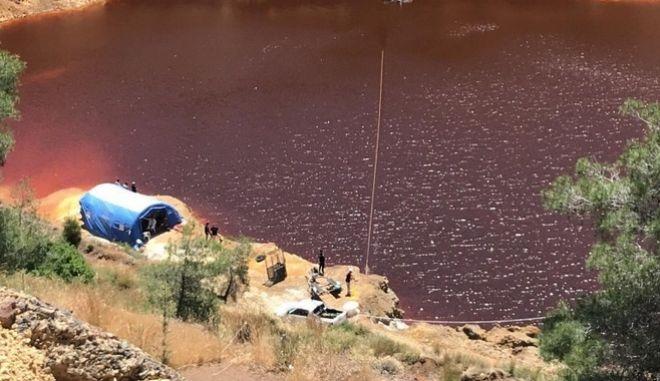 Έρευνες στην Κόκκινη Λίμνη
