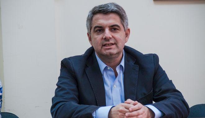 Ο Οδυσσέας Κωνσταντινόπουλος, βουλευτής Αρκαδίας της Δημοκρατικής Συμπαράταξης και υποψήφιος για την ηγεσία του νέου φορέα της Κεντροαριστεράς, επισκέφθηκε την Πρέβεζα όπου είχε συναντήσεις με στελέχη, εκπροσώπους φορέων και φίλους της παράταξης. Τετάρτη, 4 Οκτωβρίου 2017 (EUROKINISSI / ΓΙΩΡΓΟΣ ΕΥΣΤΑΘΙΟΥ)