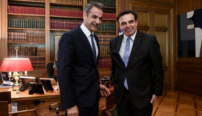 Συνάντηση του Πρωθυπουργού Κυριάκου Μητσοτάκη με τον  Μαργαρίτη Σχοινά, Παρασκευή 19 Ιουλίου 2019.  (EUROKINISSI/ ΤΑΤΙΑΝΑ ΜΠΟΛΑΡΗ)