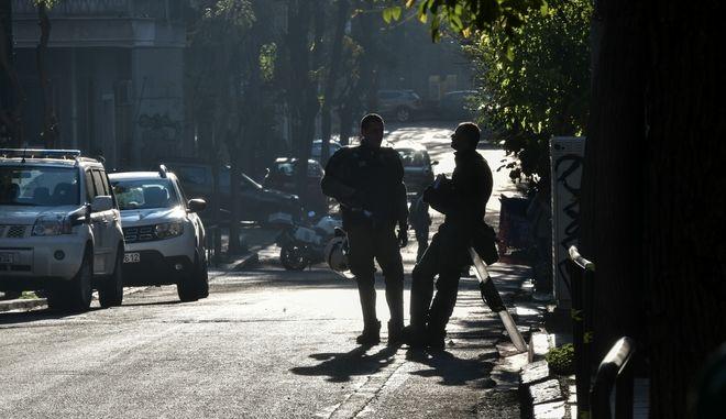 Επιχείρηση της αστυνομίας σε υπό κατάληψη κτίρια στο Κουκάκι