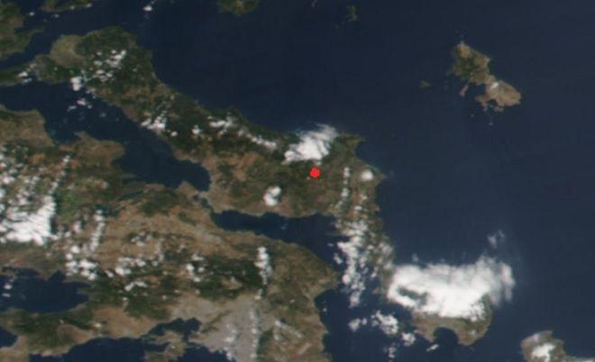 Φωτά στην Εύβοια: Δορυφορική αποτύπωση