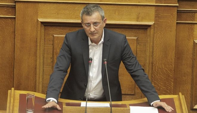 ΑΘΗΝΑ-ΒΟΥΛΗ-Μόνη συζήτηση και ψήφιση επί της αρχής, των άρθρων και του συνόλου του σχεδίου νόμου του Υπουργείου Οικονομικών για την τραπεζική αργία// Ο ΔΗΜΗΤΡΗΣ ΒΕΤΤΑΣ ΒΟΥΛΕΥΤΗΣ ΣΥΡΙΖΑ.(EUROKINISSI-ΚΟΝΤΑΡΙΝΗΣ ΓΙΩΡΓΟΣ)