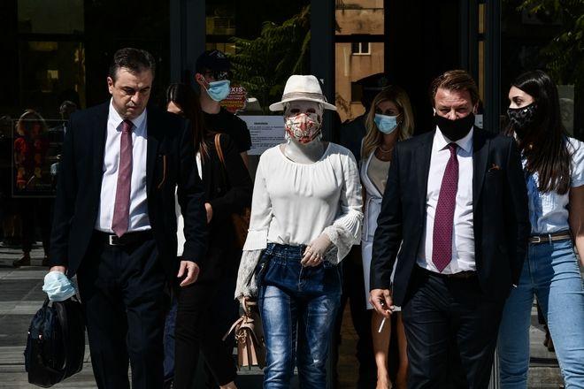 Δίκη της υπόθεσης για την επίθεση με καυστικό υγρό από 37χρονη εναντίον της Ιωάννας Παλιοσπύρου