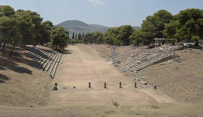 Επιστρέφει τον Ιούλιο το σχολείο αρχαίου δράματος 'Λύκειο Επιδαύρου'