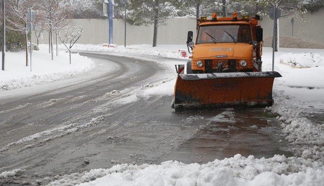 Χιονόπτωση στην Πάρνηθα την Πέμπτη 29 Δεκεμβρίου 2016. (EUROKINISSI/ΣΤΕΛΙΟΣ ΜΙΣΙΝΑΣ)