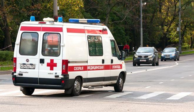 Ρωσικο ασθενοφόρο. Φωτο αρχείου.