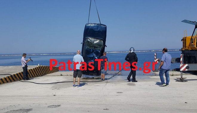 Πτώση αυτοκινήτου στο λιμάνι της Πάτρας. Νεκρός ο οδηγός