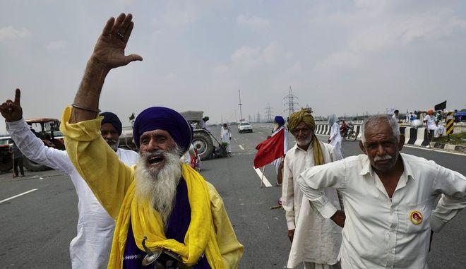 Διαδήλωση αγροτών στην Ινδία