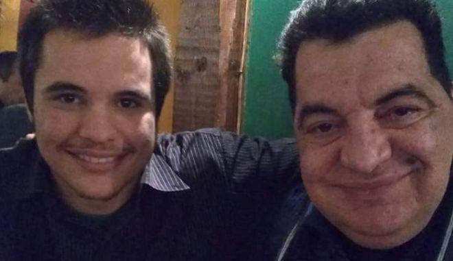 Ο Κώστας Ευρυπιώτης με τον γιο του.