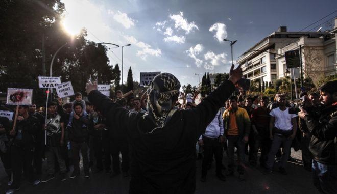 Φαντάρος τιμωρήθηκε γιατί έλαβε μέρος σε αντιρατσιστικό συλλαλητήριο