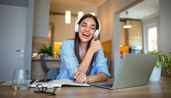 SkyTelecom: Αλλάζει τα δεδομένα στις τηλεπικοινωνίες!