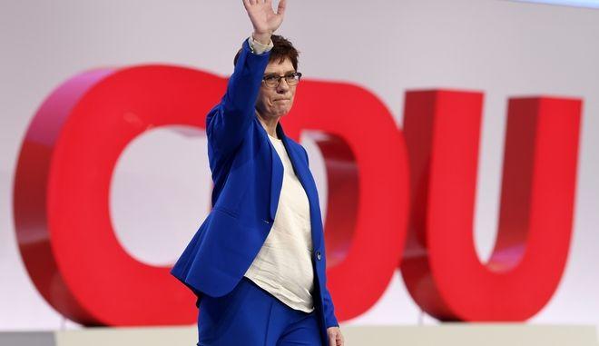 Η 'Ανεγκρετ Κραμπ-Καρενμπάουερ σε εκδήλωση του CDU