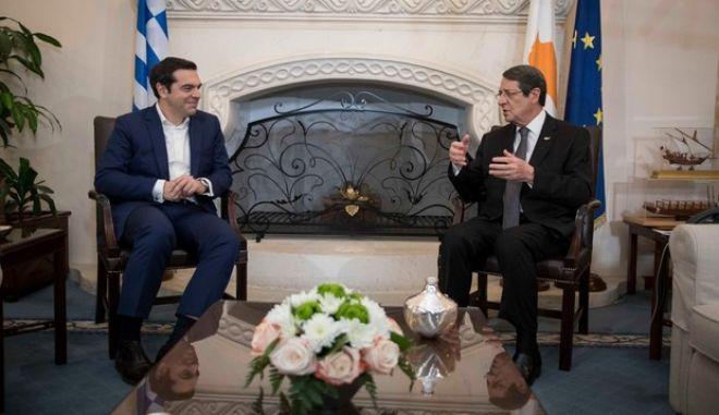Τσίπρας από Κύπρο: Αισιοδοξία για επανέναρξη των συνομιλιών στο Κυπριακό μετά τις εκλογές