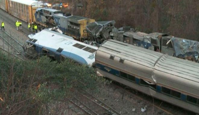 ΗΠΑ: Τουλάχιστον δύο νεκροί και 70 τραυματίες από σύγκρουση τρένων