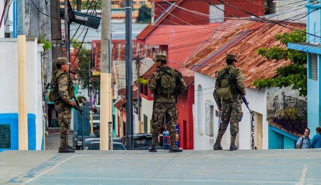 Γουατεμάλα: Υπέκυψε στα τραύματά του δημοσιογράφος που πυροβόλησαν άγνωστοι