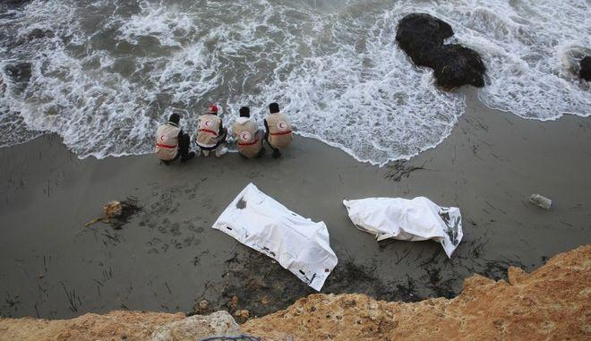 Νέο τραγικό ναυάγιο με μετανάστες στη Λιβύη