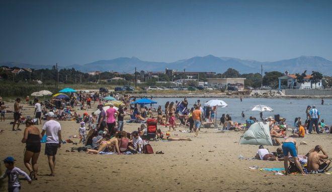 Στιγμιότυπο από την παραλία της Λούτσας