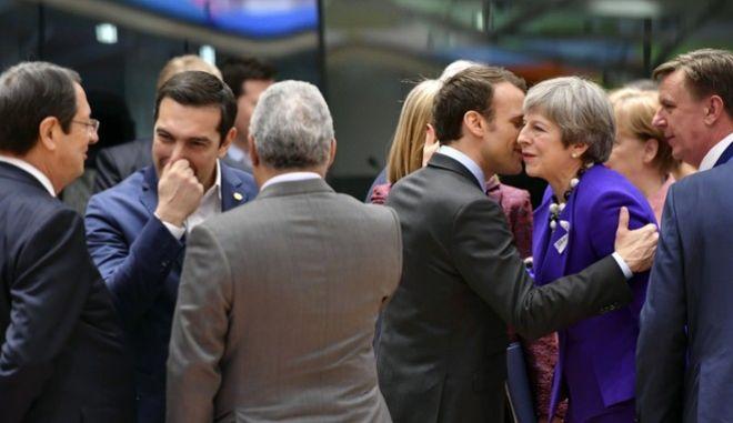 Σύνοδος Κορυφής στις Βρυξέλλες (AP Photo/Geert Vanden Wijngaert)